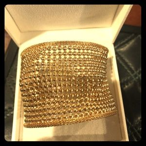 Jewelry - Gold Flexible cuff with beaded design